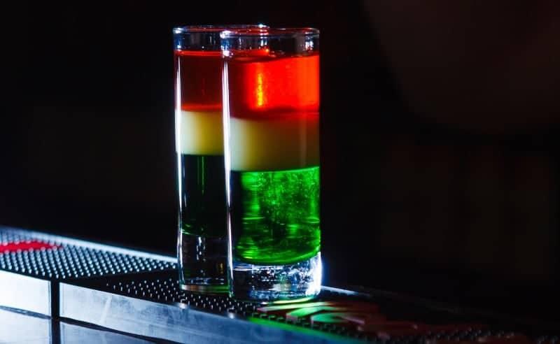 coctel banderita mexicana