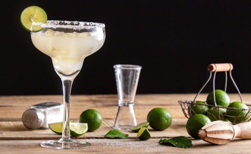 coctel margarita clasica