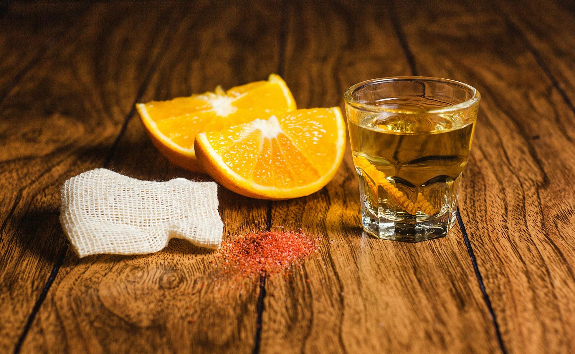 diferencia mezcal y tequila 5-min