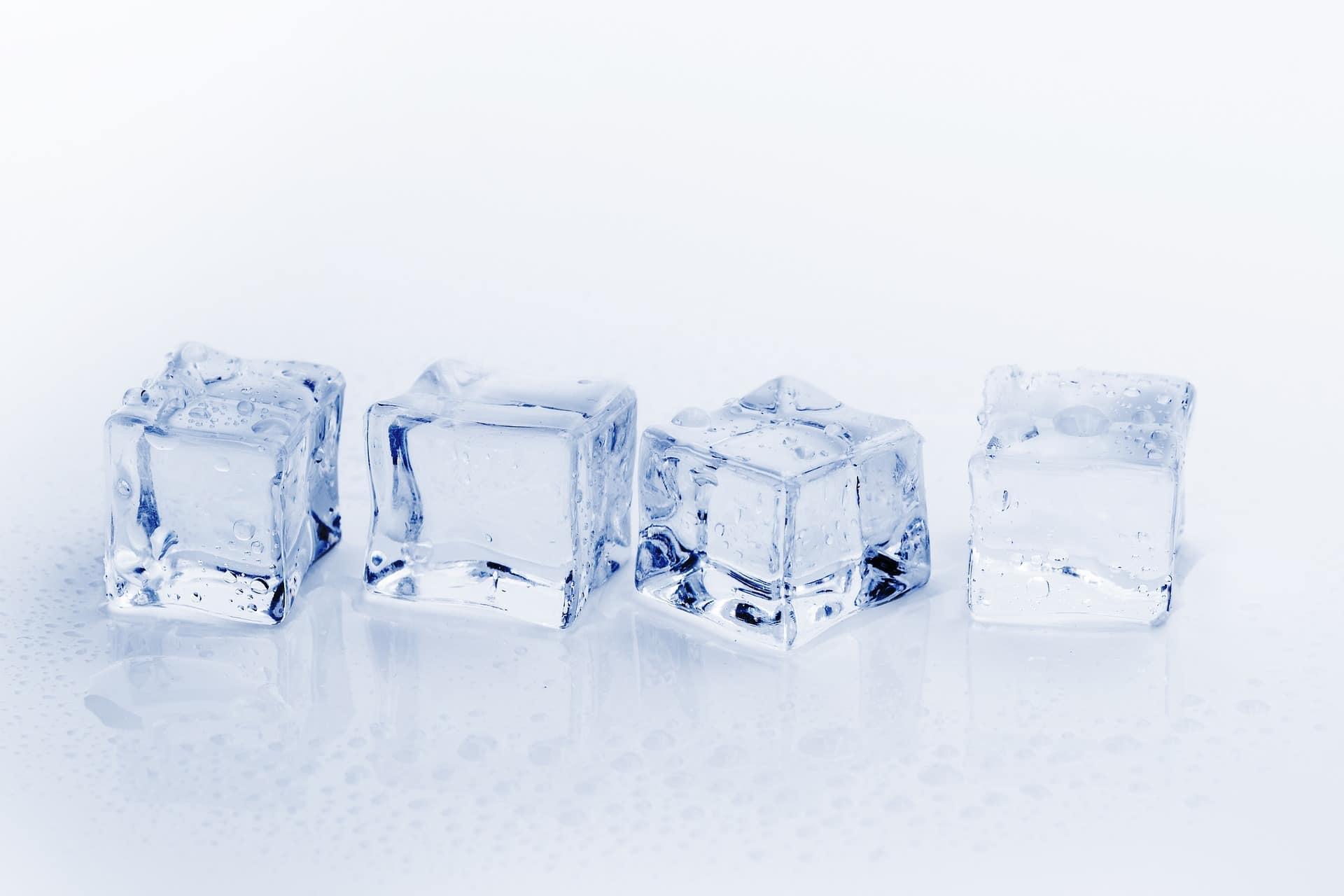 hielo para cócteles